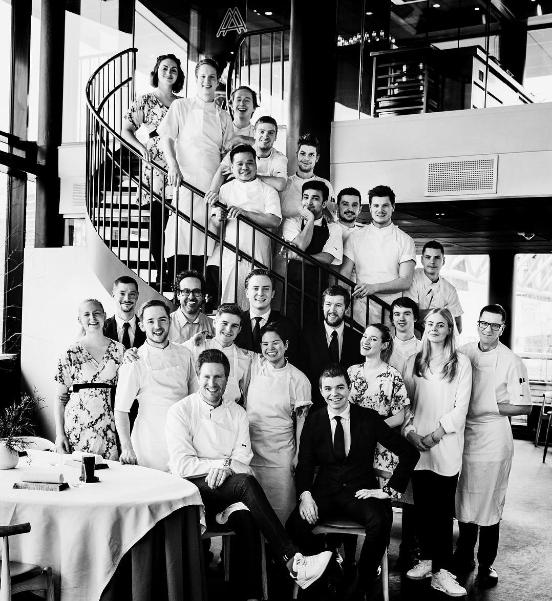 Equipo del restaurante Maaemo, 3 Estrellas Michelin (Oslo).