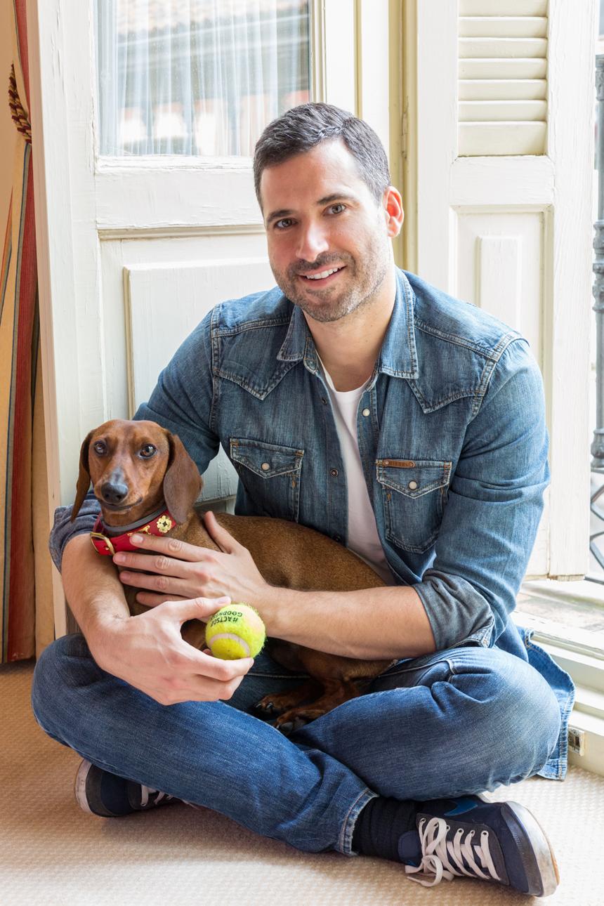 Eros posando con Carlos Moreno Fontaneda.