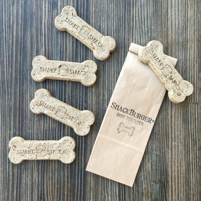 Las galletas naturales y horneadas de Shake Shack creadas por Bocces Bakery.