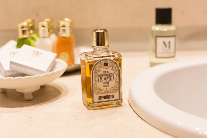 Stephanotis de S.M. Novella (Firenze), el aceite esencial con el que perfumé nuestra estancia.