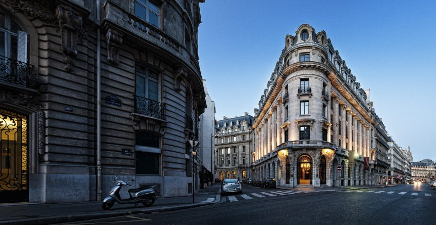 Banke: diversión en París