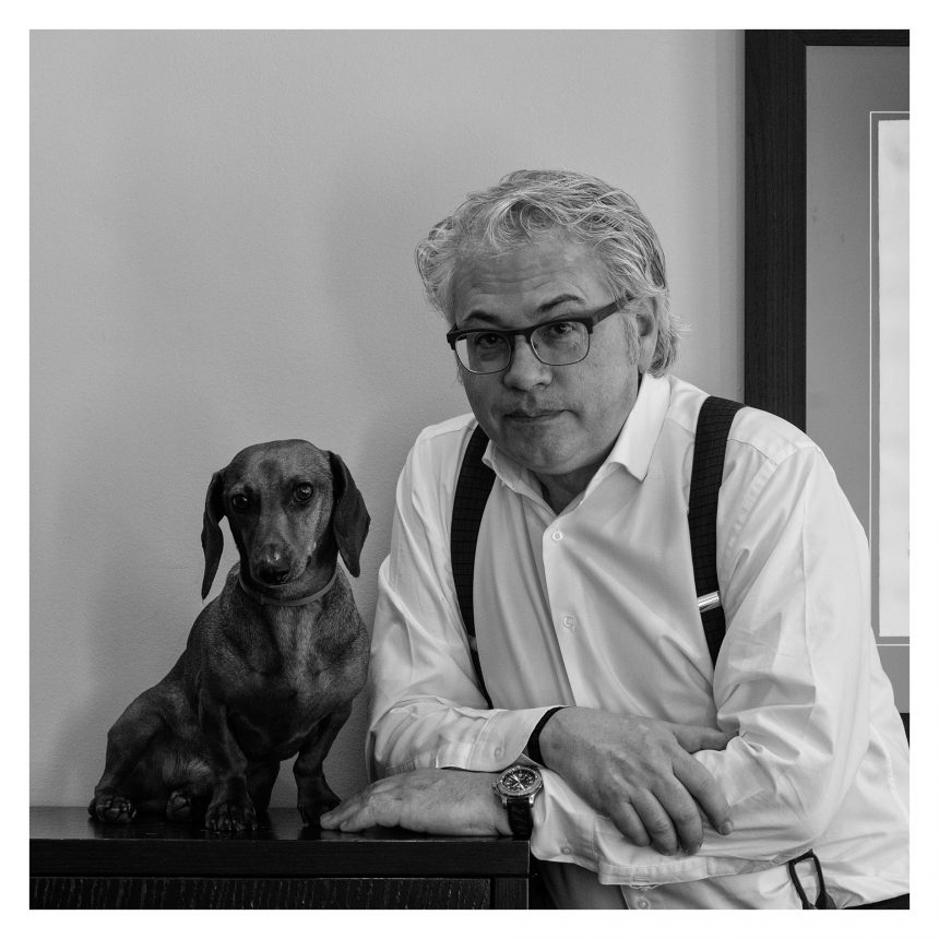 Álex Sàlmon, director de El Mundo Cataluña, dice #NoAlAbandono de perros
