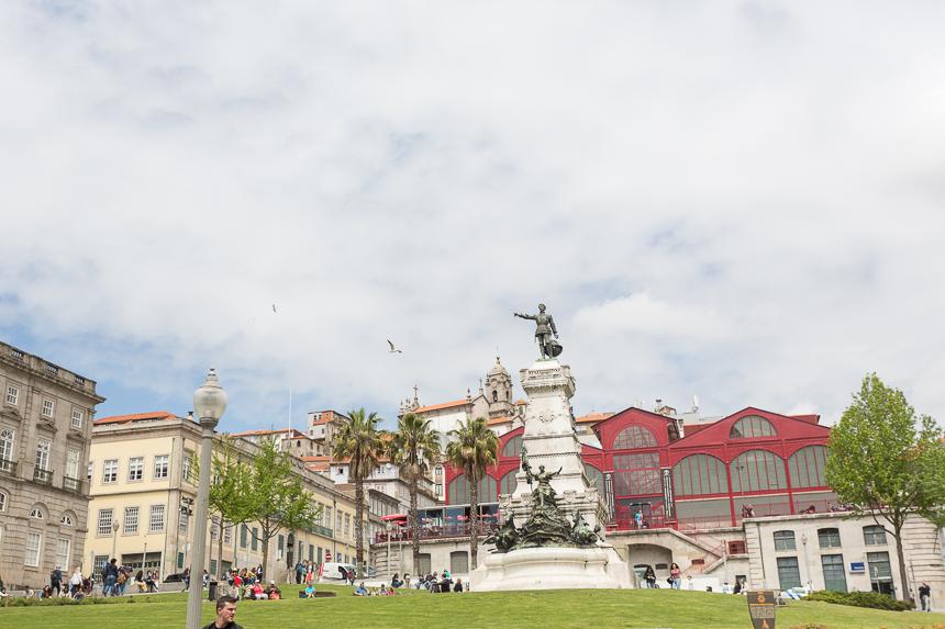 Mirar en Oporto cultiva el arte de la observación